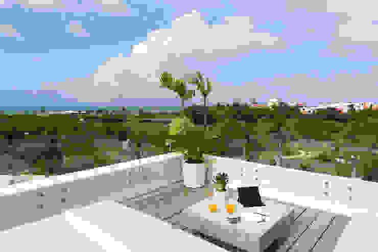 Daniel Cota Arquitectura   Despacho de arquitectos   Cancún Roof Wood White