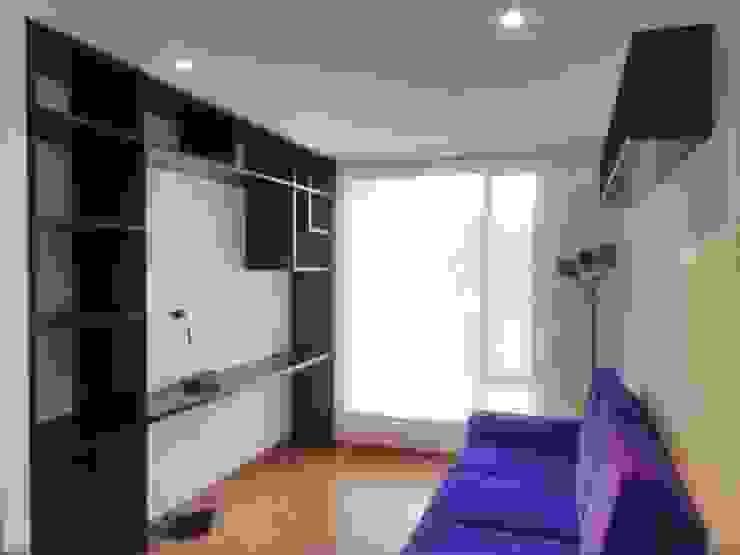 Estudio Estudios y despachos de estilo moderno de KAYROS ARQUITECTURA DISEÑO INTERIOR Moderno