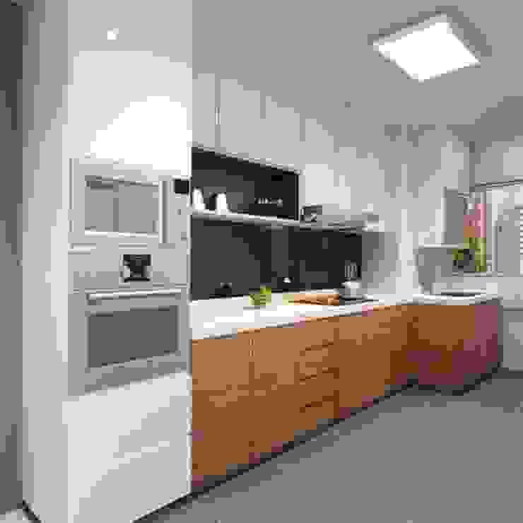 Diseños Modernos Cocinas de estilo minimalista de PROYECTOS EN MELAMINE Minimalista