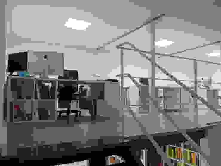 Detalle de altillo O2 eStudio BIM arquitectos S.L.P Oficinas y tiendas de estilo mediterráneo