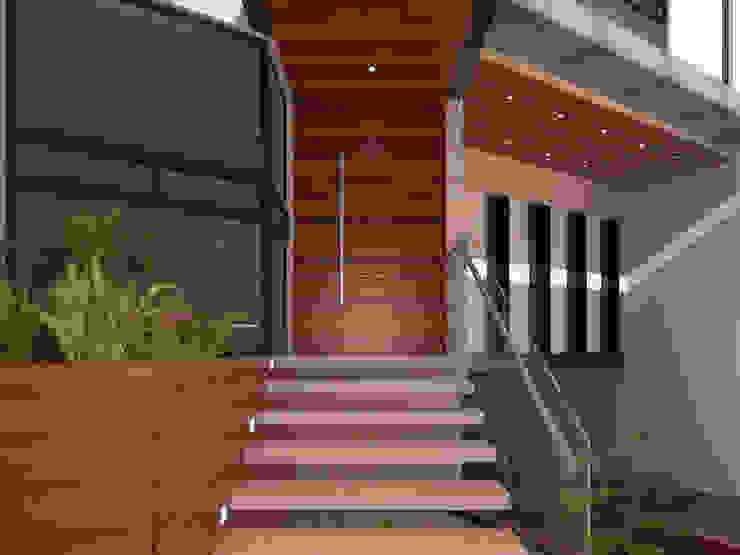 EB 54 Casa Habitación : Escaleras de estilo  por Proyecto 3Catorce,