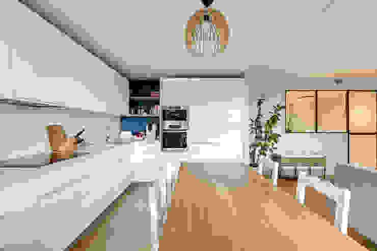 Cuisine et salle à manger par Créateurs d'Interieur Scandinave