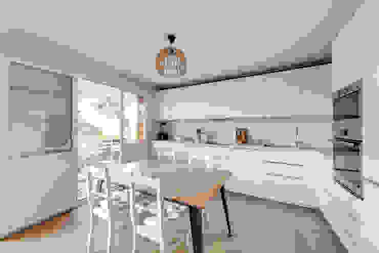 Cuisine et salle à manger Cuisine scandinave par Créateurs d'Interieur Scandinave
