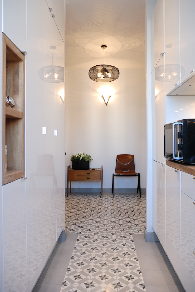 Cuisine et hall par Créateurs d'Interieur Classique