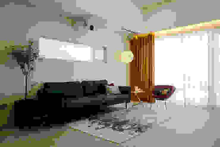 Moderne Wohnzimmer von 인우건축사사무소 Modern