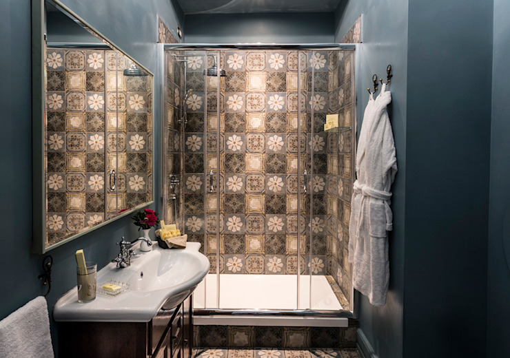 Decorative Bathroom Hotel Modern Oleh ARTE DELL' ABITARE Modern