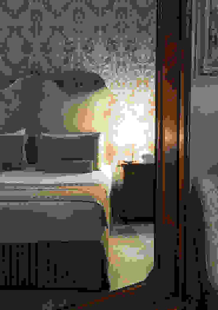 Interior Designe - Camera da Letto - Roma ARTE DELL'ABITARE Hotel in stile classico Variopinto