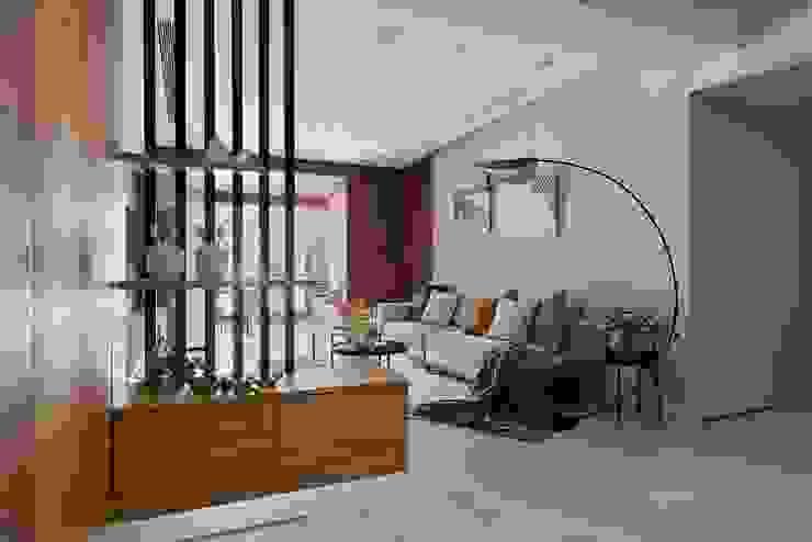 Modern Living Room by 層層室內裝修設計有限公司 Modern