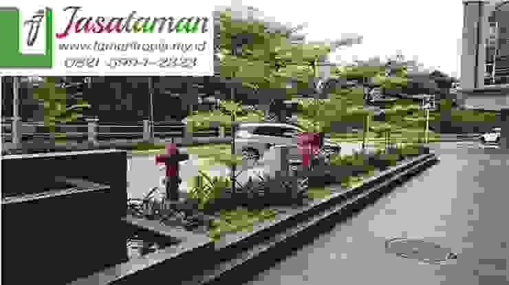 Jasa taman banjarmasin 082159942323 Ruang Komersial Tropis Oleh JASA TAMAN Tropis Bambu Green