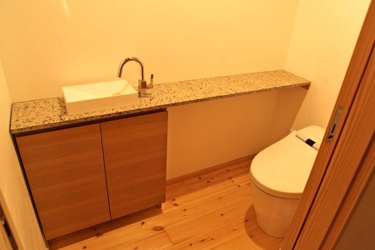 Scandinavian style bathrooms by 株式会社高野設計工房 Scandinavian