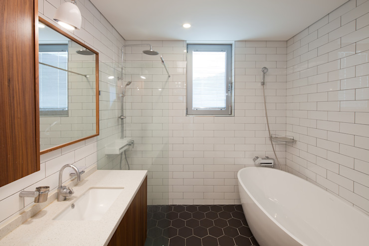 2층 욕실 위드하임 모던스타일 욕실