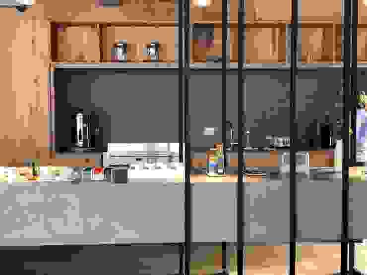 Vista Cocina de Tumburus Lucas - Diseño y Arquitectura Interior Industrial Hierro/Acero