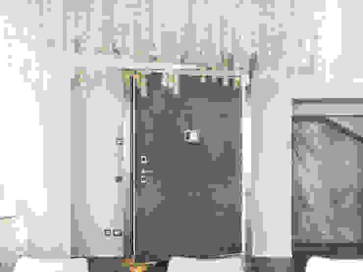 Puertas de estilo  por Ercole Srl