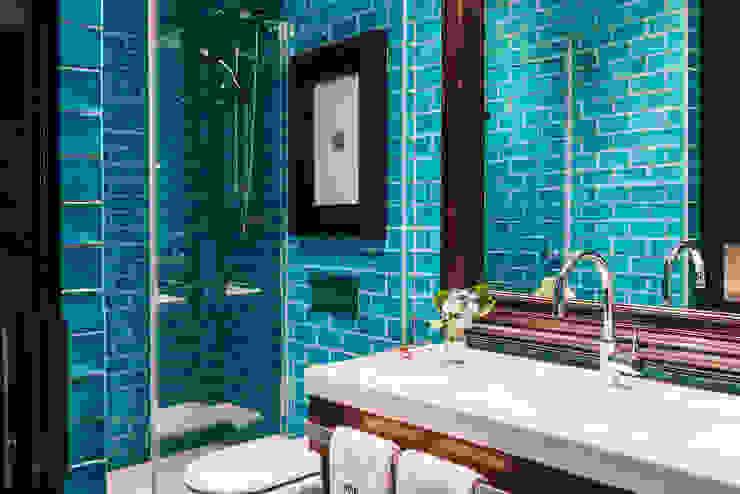 REFORMADOS LOS BAÑOS DEL HOTEL PULITZER POR ALT_BATH ALTBATH COMPANY, SL Hoteles de estilo moderno Azul