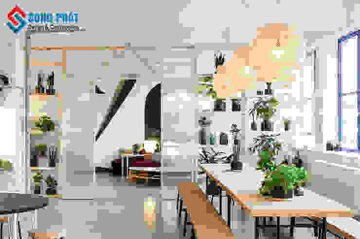 Không gian xanh văn phòng bởi Công Ty Cổ Phần Kiến Trúc Xây Dựng Song Phát