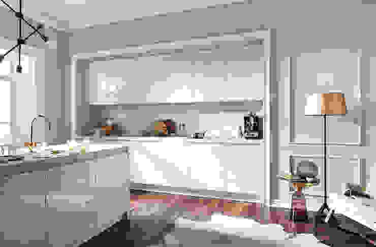 Handleless White Kitchen : modern  by LWK Kitchens SA, Modern