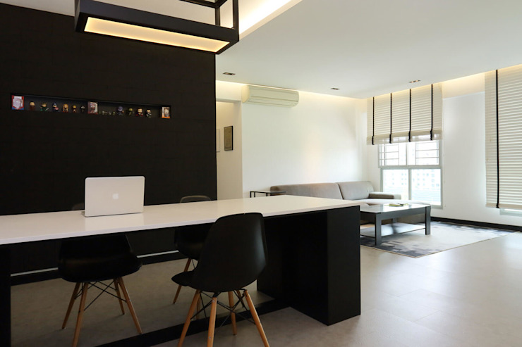 Resale HDB in Monochromatic Style Full of Personality! Monoloft Living room Black