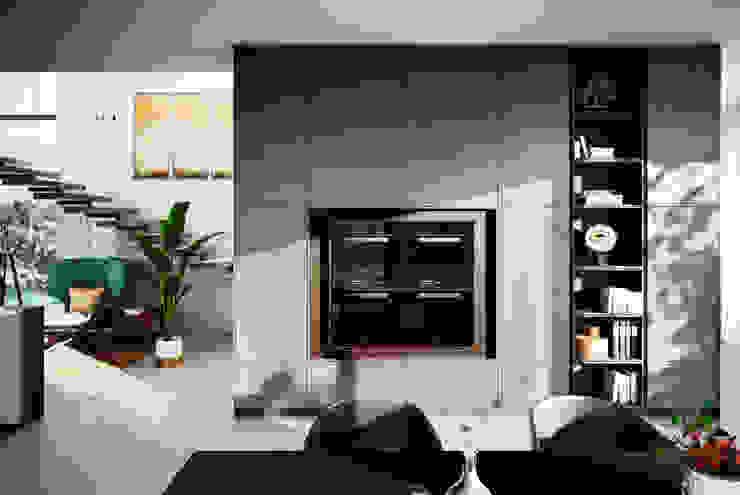 Ceramic Concrete Units: modern  by LWK Kitchens SA, Modern Concrete