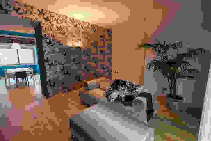 living: Pavimento in stile  di Bolefloor , Moderno Legno Effetto legno
