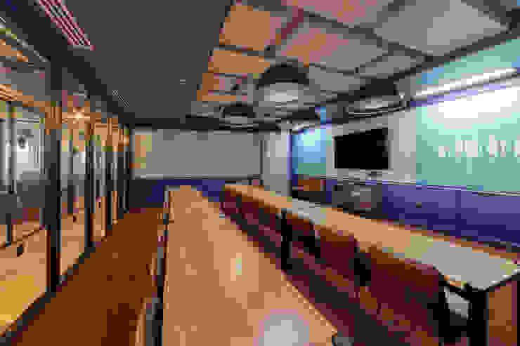 WeWork Estudios y despachos de estilo moderno de Diego Rojas Fotografía Moderno