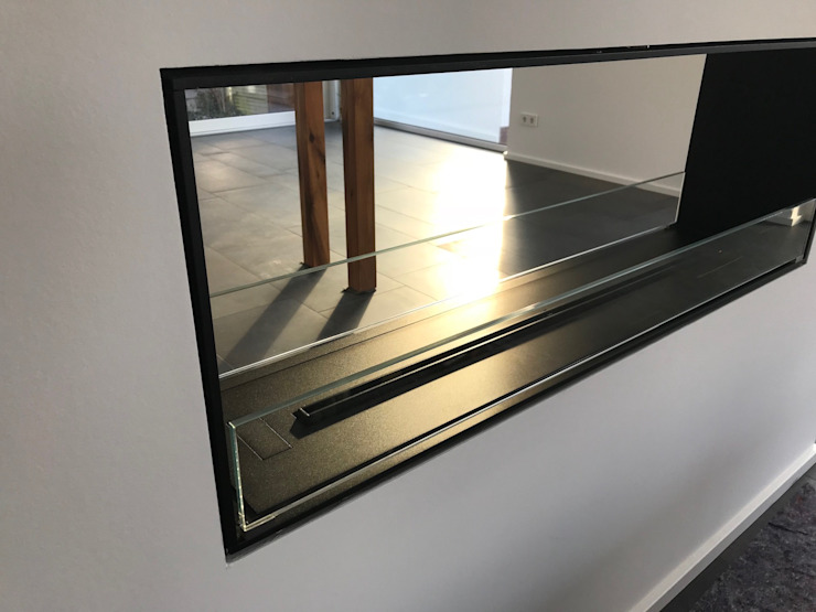 Einbaukamin Montrela Detailansicht Moderne Wohnzimmer von RF Design GmbH Modern