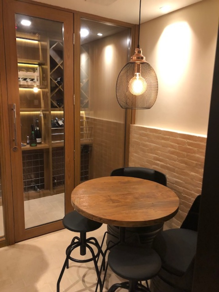 Lucia Helena Bellini arquitetura e interiores Modern wine cellar