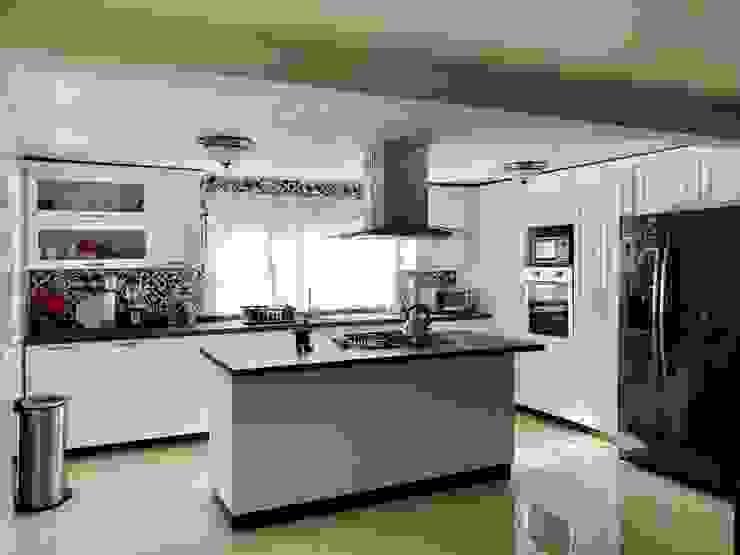 La Central Cocinas Integrales S.A de C.V Kitchen White