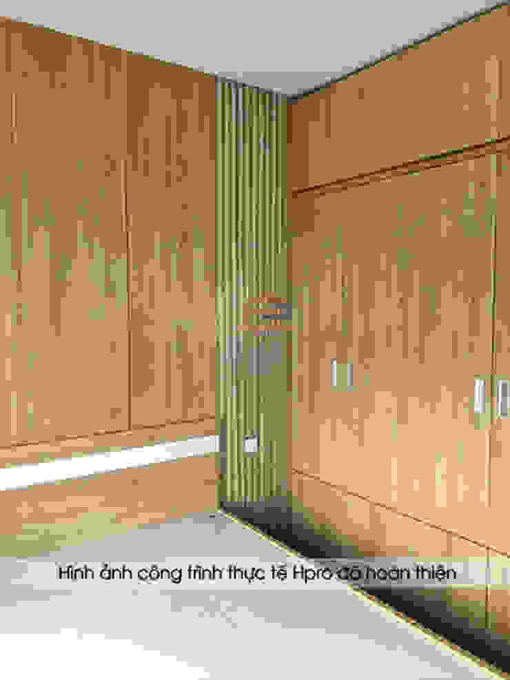 Ảnh chụp thực tế không gian phòng ngủ master nhà anh Nam - Ecopark : hiện đại  by Nội thất Hpro, Hiện đại