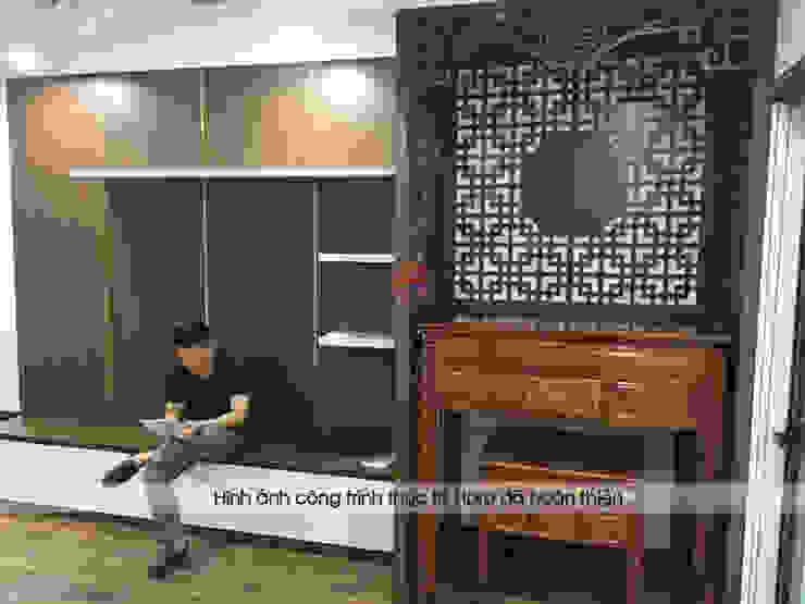 Hình ảnh thực tế không gian phòng khách nhà chị Thắng - Goldmark City: hiện đại  by Nội thất Hpro, Hiện đại