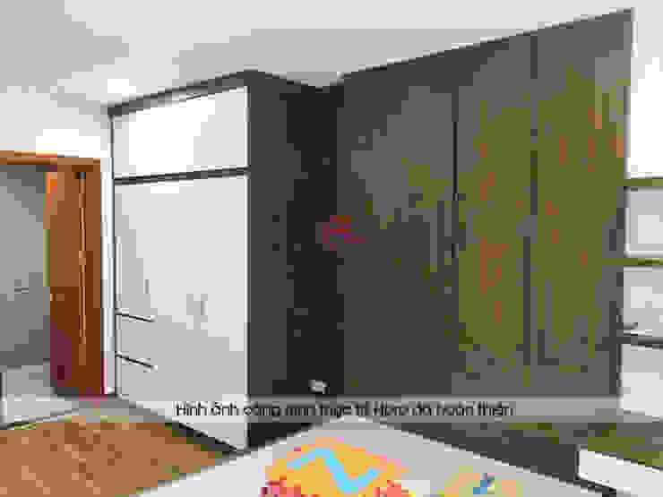 Hình ảnh thực tế không gian phòng ngủ master nhà chị Thắng - Goldmark City: hiện đại  by Nội thất Hpro, Hiện đại
