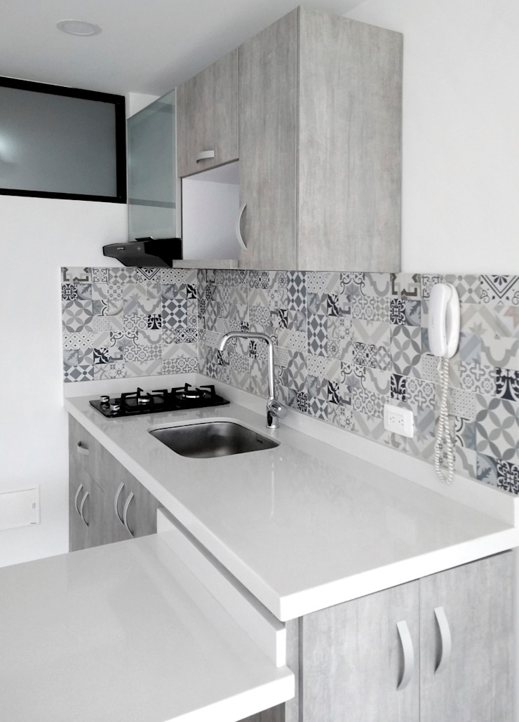 Cocina integral de Remodelar Proyectos Integrales Moderno Cuarzo