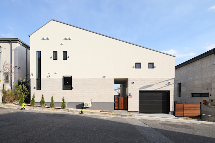 대전 탑립동주택 외관: 주택설계전문 디자인그룹 홈스타일토토의  목조 주택,모던 타일