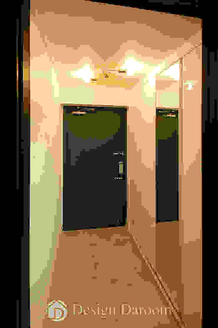 쌍문동 신원2차 37py 현관 모던스타일 복도, 현관 & 계단 by Design Daroom 디자인다룸 모던