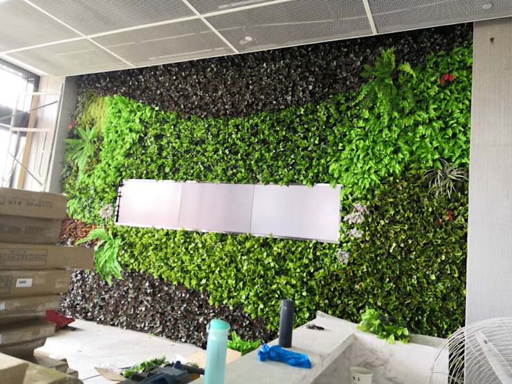 Interior Green Wall Backdrop Sunwing Industries Ltd Office spaces & stores Plastic Green
