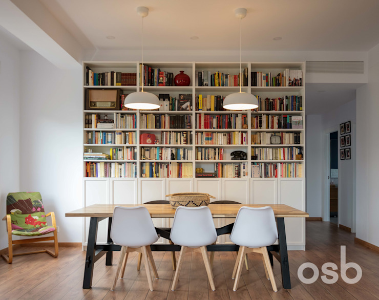 Modern dining room by osb arquitectos Modern