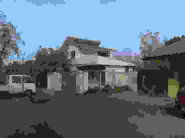 Minimalist house by BE ARQUITECTOS Minimalist