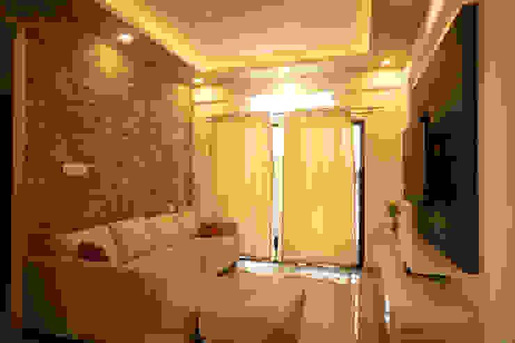 Spacious Living Room by HomeLane.com Modern