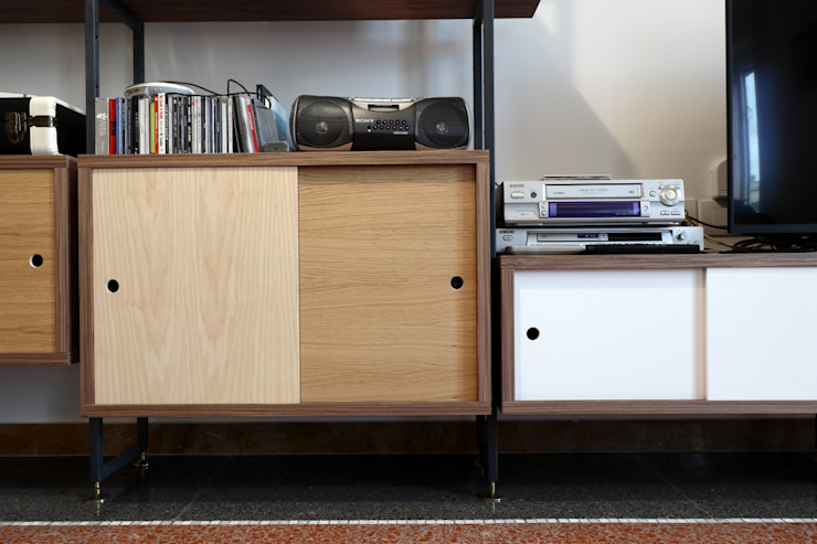 Daniele Arcomano Modern living room Wood