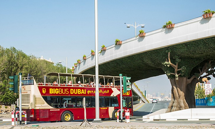 Artificial Hedges for highway bridge greening by Sunwing Industries Ltd Tropical Plastic