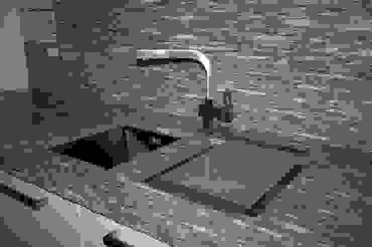 Bergo Arredi Built-in kitchens Iron/Steel Metallic/Silver
