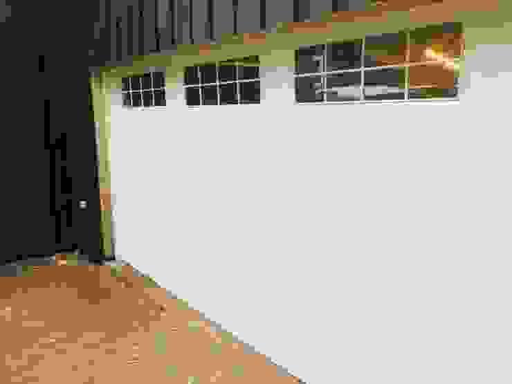 Portones Patagonia Garage Doors White