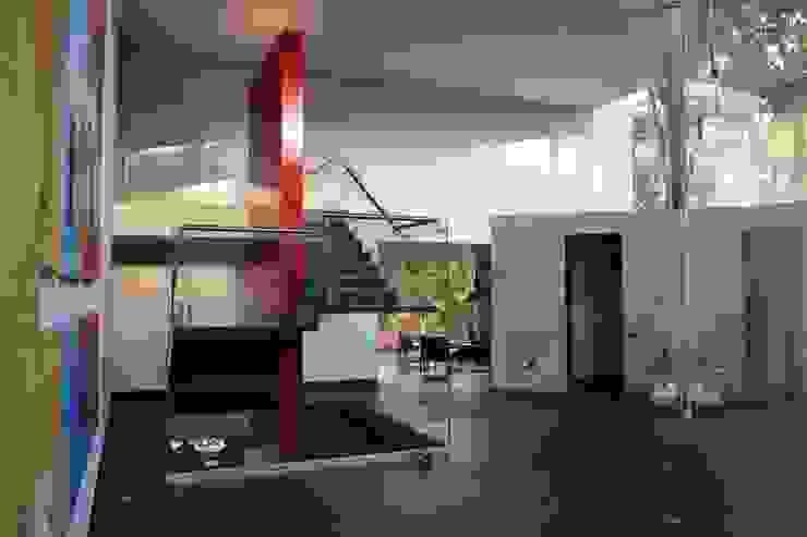 Gil + Gil: Escaleras de estilo  por GIL+GIL,