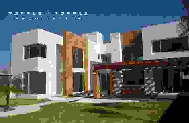 Residencial Xaxala de TORRES+TORRES ARQUITECTOS Minimalista Mármol