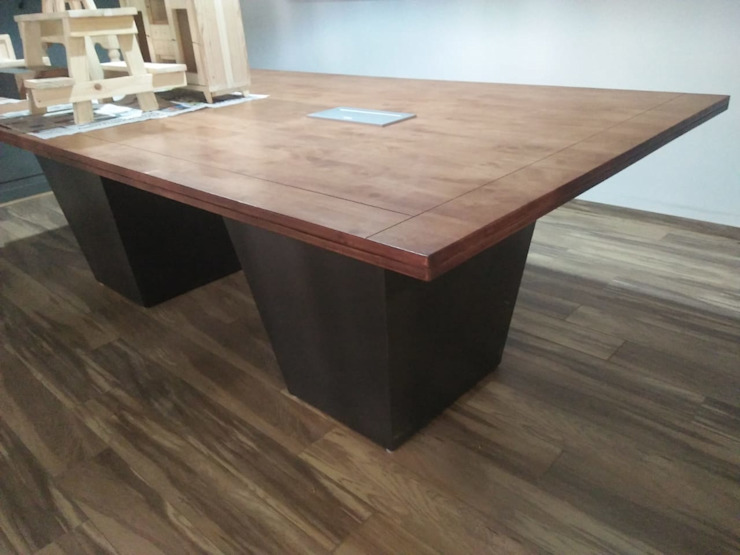 Conference Table Grey-Woods Office spaces & stores Engineered Wood Brown