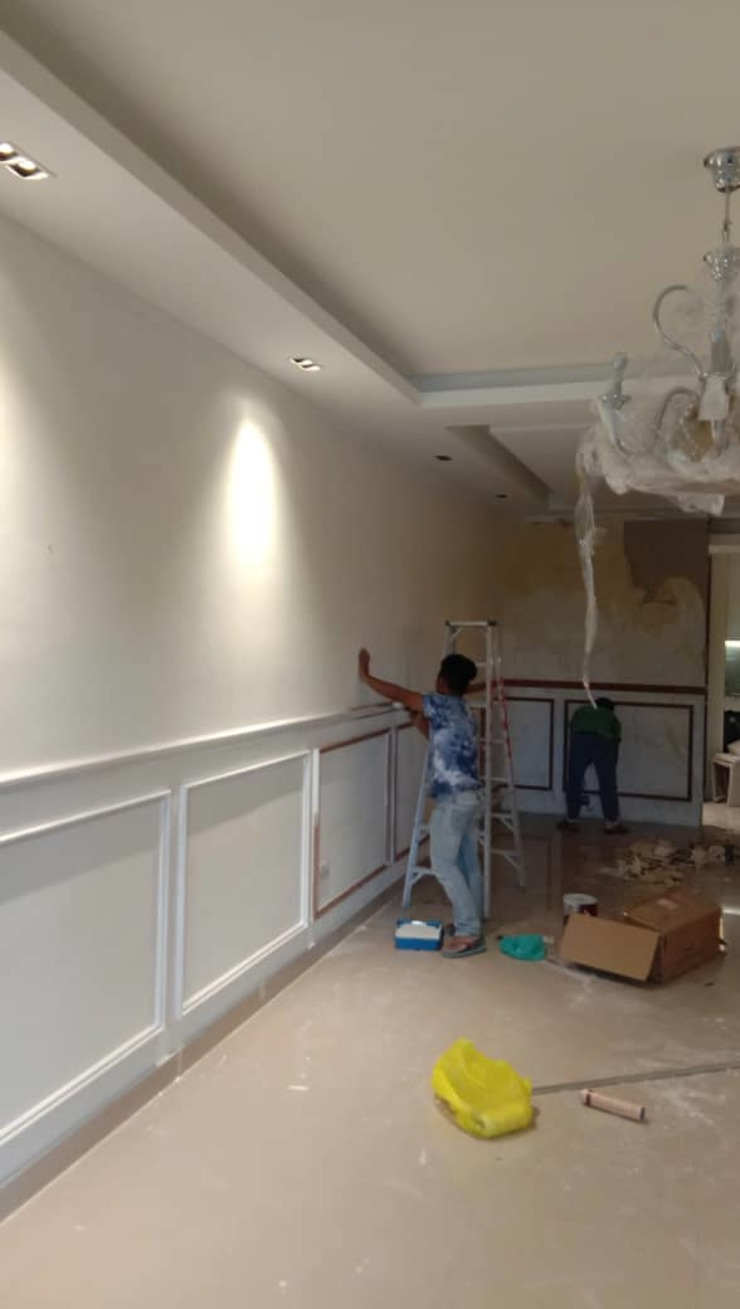 Full Wall Wainscoting In KL by WoodMalaysia Modern Wood Wood effect