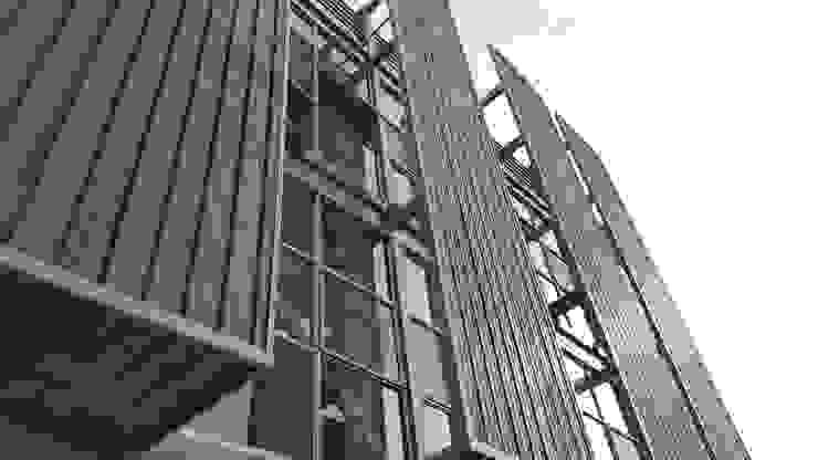 Estructura de control climatico de Yañez y Muñoz Arquitectos Industrial Aluminio/Cinc