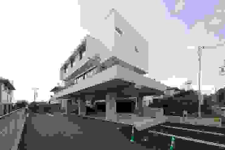CO2WORKS Einfamilienhaus Beton Weiß