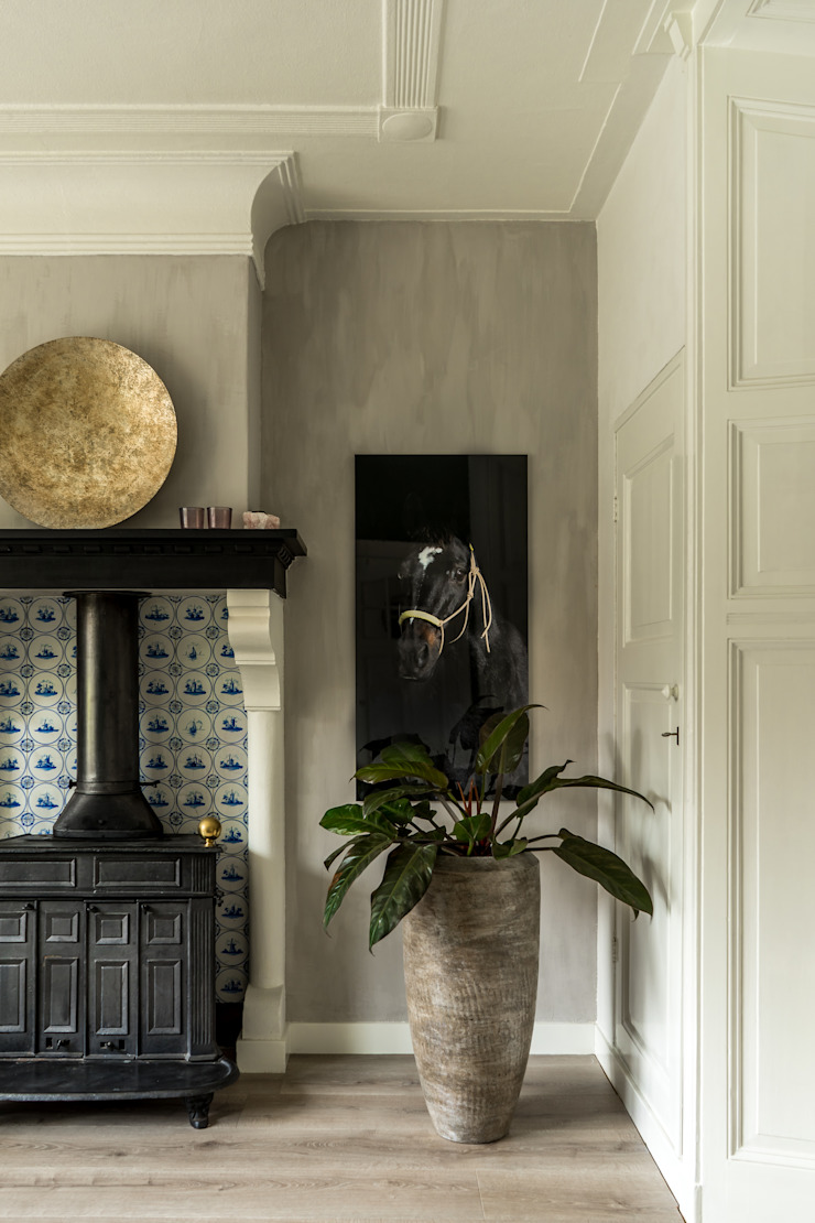 Eclectic style dining room by Pure & Original Eclectic