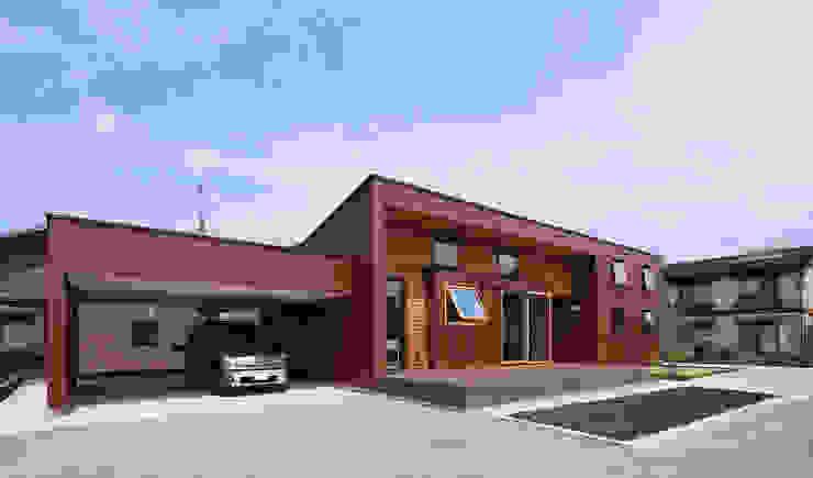 by ㈱ライフ建築設計事務所 Eclectic Iron/Steel