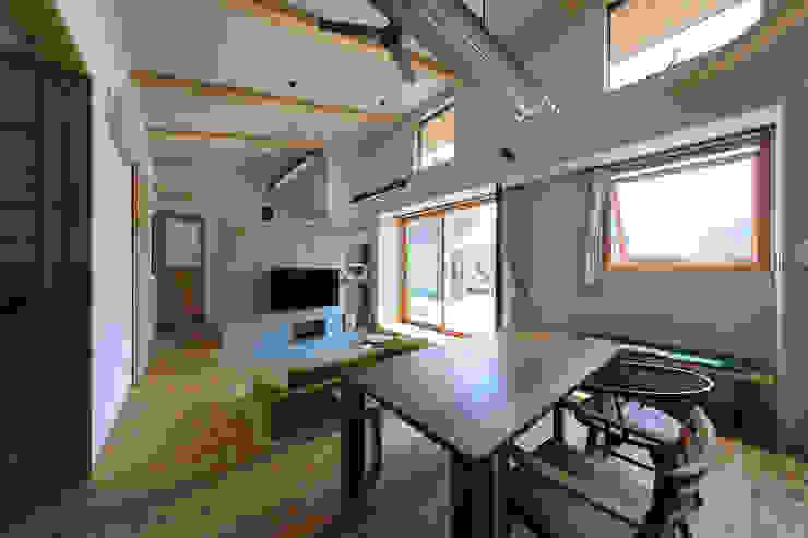 غرفة المعيشة تنفيذ ㈱ライフ建築設計事務所